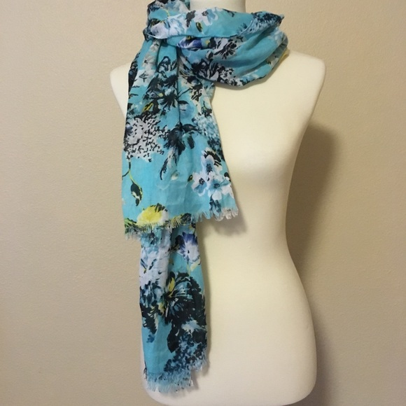 Merona Accessories - LAST CALL NWT Merona Floral Scarf